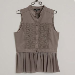 BKE Boutique Cropped Vest